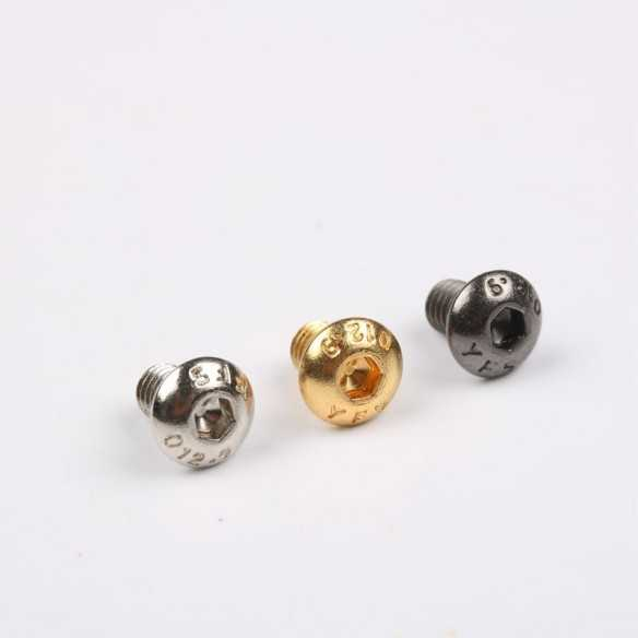 M4 x 6 Screws Black round
