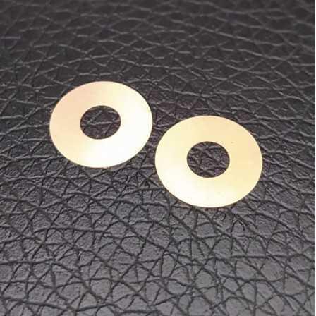 Rondelle in ottone 4x10x0.1 mm 2 pezzi