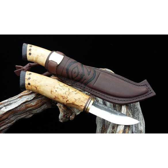 Woodsknife 4 Little hunter / Pieni eränkävijä